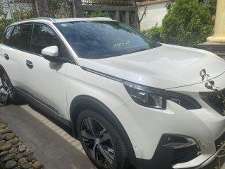 Cần bán lại xe Peugeot 5008 đời 2019, màu trắng còn mới