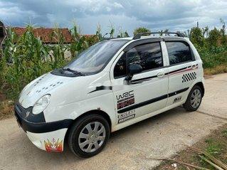 Cần bán gấp Daewoo Matiz năm 2002, màu bạc còn mới