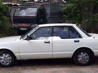 Bán xe Nissan Bluebird 1983, màu trắng, nhập khẩu, 17 triệu