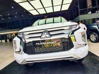 Cần bán Mitsubishi Pajero Sport sản xuất 2020, màu trắng, nhập khẩu
