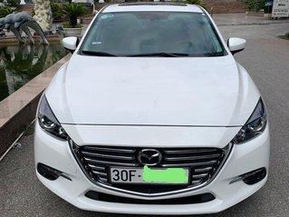 Bán Mazda 3 đời 2019, màu trắng còn mới