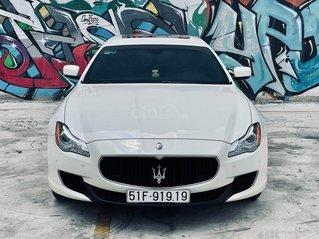 Cần bán gấp Maserati Quattroporte sản xuất năm 2015, màu trắng, xe nhập