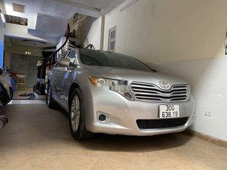 Cần bán Toyota Venza sản xuất năm 2009, màu bạc, nhập khẩu