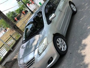 Cần bán xe Toyota Vios đời 2009, màu ghi vàng giá chỉ 175 triệu