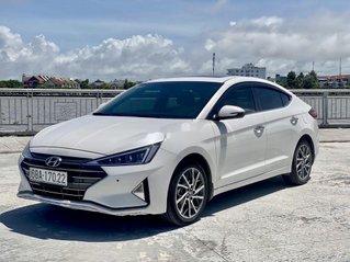 Bán Hyundai Elantra 2.0AT đời 2020, màu trắng
