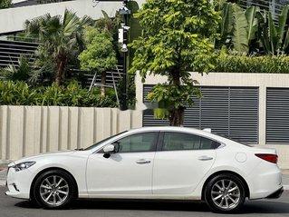 Cần bán lại xe Mazda 6 2.0 AT 2016, màu trắng chính chủ