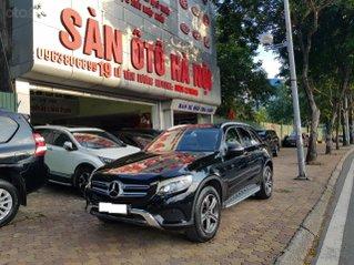 Sàn ô tô Hà Nội bán Mercedes GLC 250 bản 2.0 sản xuất năm 2017