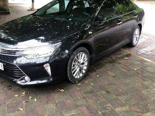 Bán xe Toyota Camry 2.5Q đời 2018, màu đen, nhập khẩu