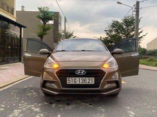 Cần bán Hyundai Grand i10 năm sản xuất 2017, màu vàng cát, giá tốt