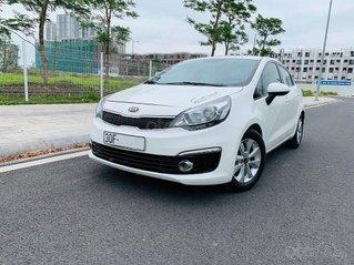Cần bán lại xe Kia Rio 1.4 MT năm sản xuất 2016, màu trắng