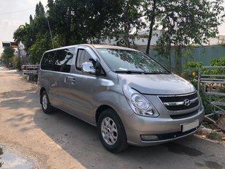 Cần bán lại xe Hyundai Grand Starex sản xuất năm 2012 còn mới