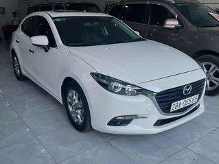 Bán ô tô Mazda 3 năm sản xuất 2018, màu trắng chính chủ