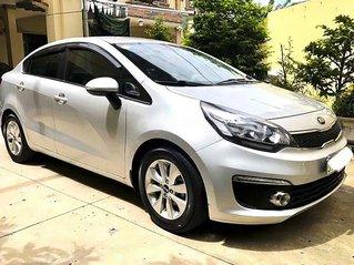 Cần bán xe Kia Rio 1.4 AT 2016, màu bạc, nhập khẩu nguyên chiếc