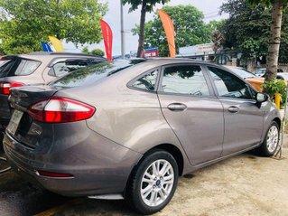 Cần bán Ford Fiesta sản xuất 2015, màu nâu, xe nhập, 345 triệu