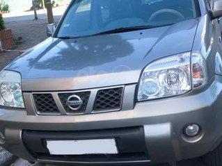 Cần bán Nissan X trail 2004 2004, màu bạc, giá chỉ 200 triệu.