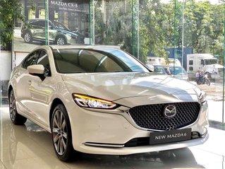 Bán ô tô Mazda 6 sản xuất năm 2021, màu trắng, giá tốt
