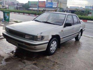 Bán Nissan Bluebird sản xuất 1989, màu bạc, xe nhập, giá tốt