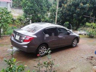 Cần bán Honda Civic sản xuất 2013, màu nâu