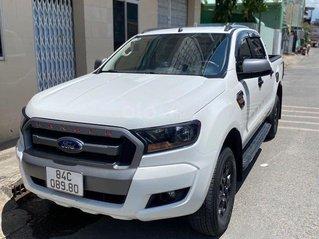 Bán ô tô Ford Ranger XLS MT năm sản xuất 2017, màu trắng giá cạnh tranh