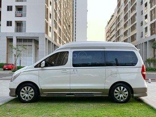 Bán Hyundai Grand Starex năm sản xuất 2015, màu trắng số tự động