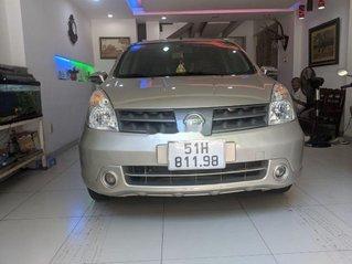 Bán ô tô Nissan Grand livina năm 2011 còn mới