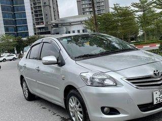 Cần bán gấp Toyota Vios 1.5E 2013 xe chính chủ