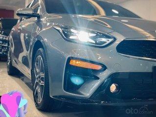 Cần bán Kia Cerato MT sản xuất 2021, màu xám, giá chỉ 544 triệu