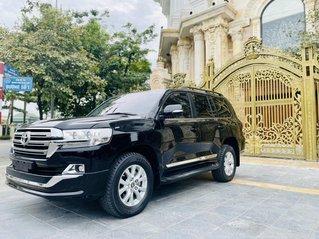 Bán xe Toyota Land Cruiser đời 2019, biển Sài Gòn, đi 13.000km