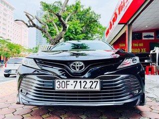 Cần bán lại xe Toyota Camry 2.5Q năm 2019, màu đen