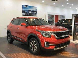 Bán ô tô Kia Seltos 1.4 DCT Luxury sản xuất năm 2021, màu đỏ giá cạnh tranh