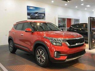 Cần bán Kia Seltos 1.4 DCT Premium năm sản xuất 2021, màu đỏ