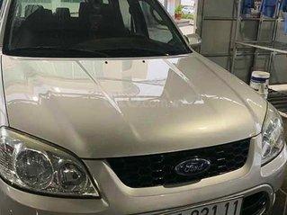 Bán Ford Escape XLS đời 2011, màu bạc còn mới, giá chỉ 330 triệu
