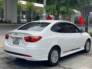 Cần bán lại xe Hyundai Avante năm 2013, màu trắng, giá chỉ 315 triệu