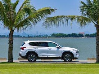 Bán xe Hyundai Santa Fe 2.2 dầu đặc biệt đời 2021, màu trắng