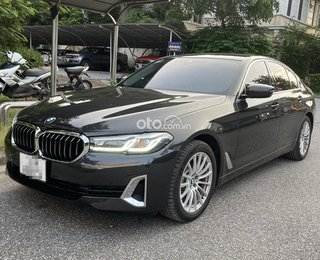 Lăn bánh 1.500km, BMW 520i 2021 bán lỗ hơn 400 triệu