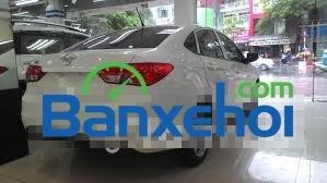 Cần bán xe Haima 3 sản xuất 2014, màu trắng, nhập khẩu