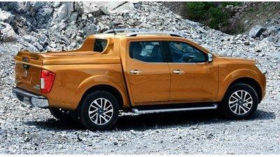 Xe NP300 Navara 2015 khuyến mại lớn cần bán