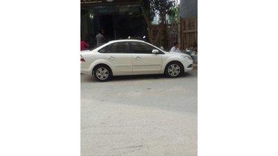 Cần bán lại xe Ford Focus đời 2012, màu trắng, nhập khẩu, số tự động, giá 540tr