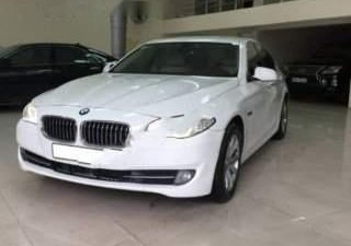 Bán BMW 520i đời 2012, màu trắng, nhập khẩu
