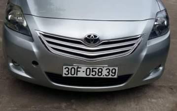 Cần bán Toyota Vios năm sản xuất 2013, màu bạc, đăng ký 2013