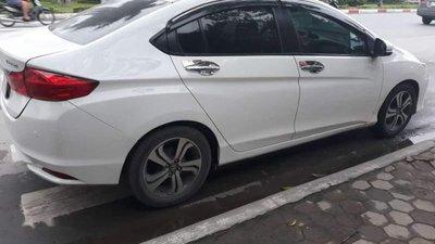 Cần bán gấp Honda City đời 2016, màu trắng chính chủ