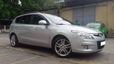 Bán gấp Hyundai i30 sản xuất 2008, màu bạc, xe nhập