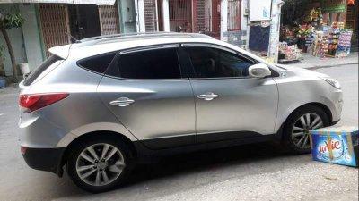 Bán Hyundai Tucson 2013, màu bạc, nhập khẩu nguyên chiếc, 600tr
