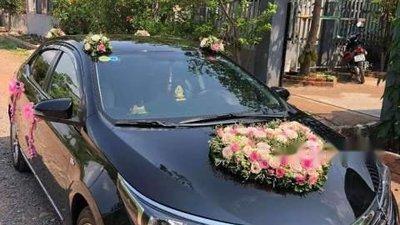 Cần bán xe Toyota Corolla altis 2016, màu đen, xe gia đình