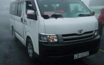 Bán Toyota Hiace sản xuất 2009, màu trắng, nhập khẩu