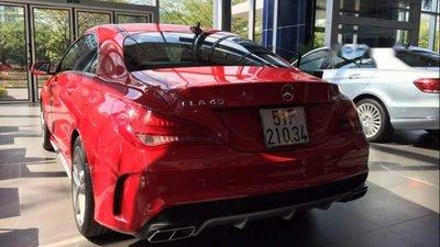 Bán Mercedes CLA 45 2017, màu đỏ, nhập khẩu