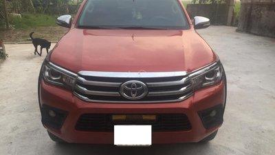 Bán xe Toyota Hilux sản xuất 2016, model 2017
