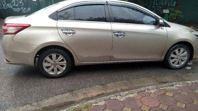 Cần bán lại xe Toyota Vios E năm 2015 số sàn