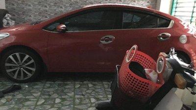 Bán Kia K3 năm 2014, màu đỏ, nhập khẩu nguyên chiếc, số sàn, 420tr