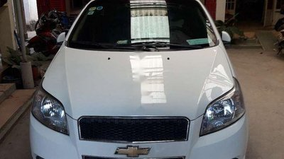 Bán Chevrolet Aveo sản xuất 2014, màu trắng, nhập khẩu, giá 220tr